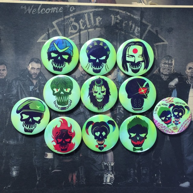 Suicide Squad- Button Badge Pins (12 Types)
