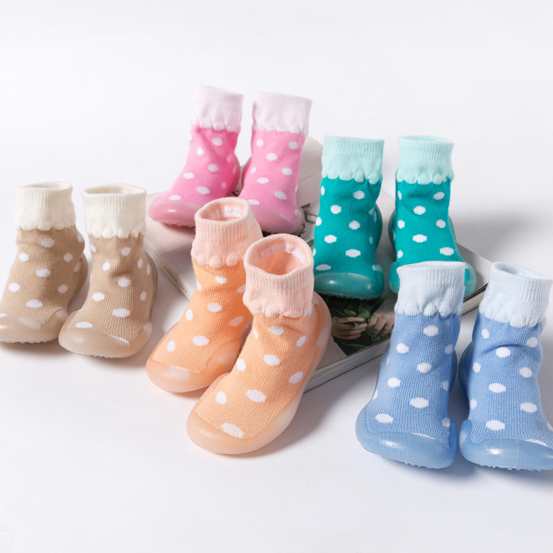 Baby Shoes Boys Girls Anti Slip Outdoor Shoes Soft Rubber Soles Toddler Shoes Newborn First Walkers Attipas Cotton Infant Socks