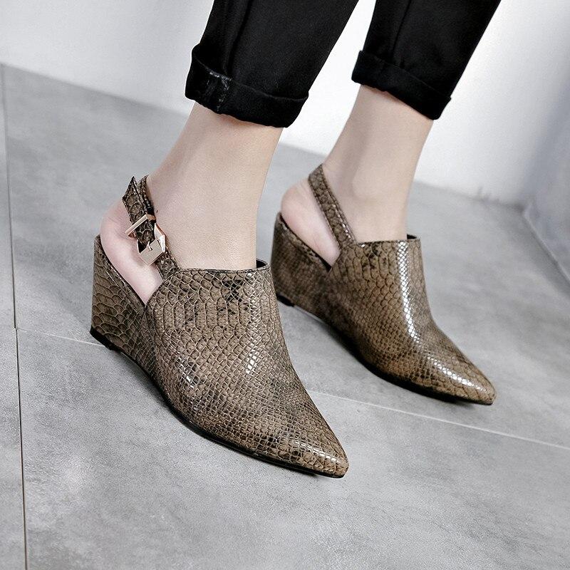 YMECHIC 2019 chaussures femme rétro printemps motif peau de serpent pompes compensées boucle Slingbacks bout pointu noir marron talons hauts