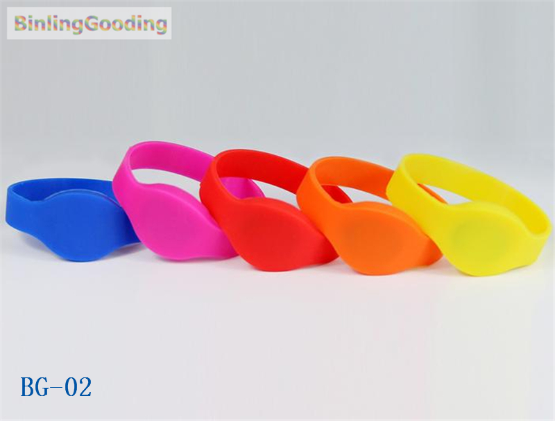 BG-02 100PCS/LOT 13.56mhz MF Classic 1K S50 F08 NFC Wristband Bracelet IC Card For Swimming Pool Sauna Room GYM bg 02 100pcs lot 13 56mhz mf classic 1k s50 f08 nfc wristband bracelet ic card for swimming pool sauna room gym