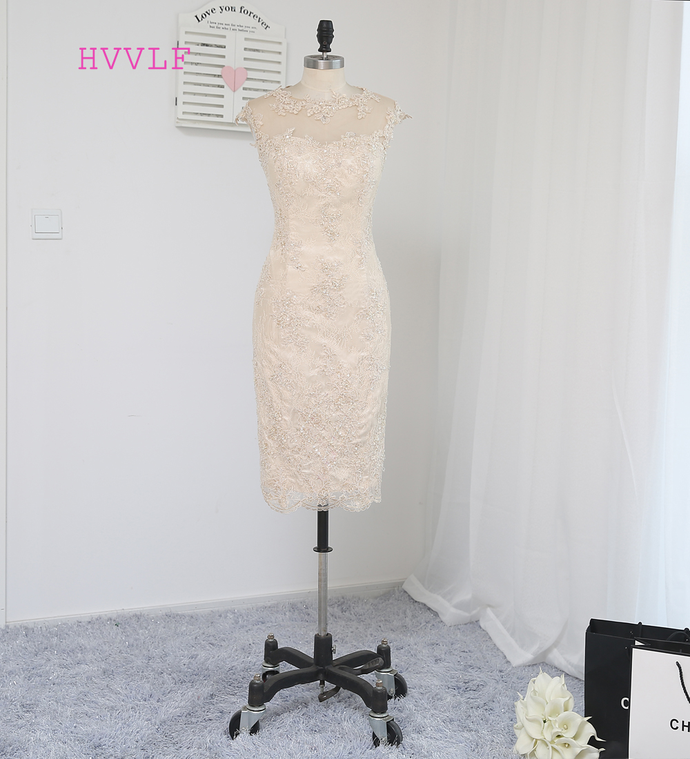 2017 Mother Of The Bride Dresses Sheath Knee Length Champagne Lace Open Back Beaded Mother Dresses Evening Dresses For Weddings