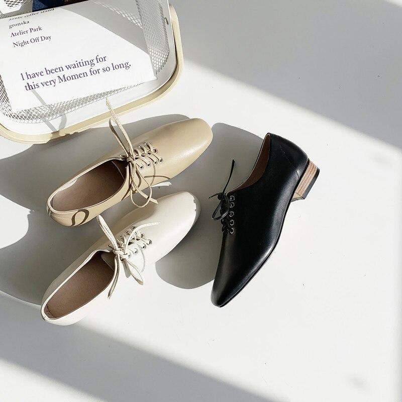Printemps Beige Croix Talons Femmes Chaussures 2019 Carré Nouveau En noir Liée Mode Véritable Isnom Bas apricot Femme Cuir Bout Pompes q644T7