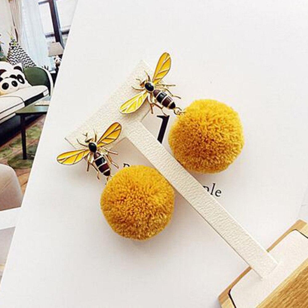 New High Quality Korean Fashion Cute Bee Dangle Earrings for Women Winter Drop Pom Pom Ball Ear Jewelry Christmas Gift