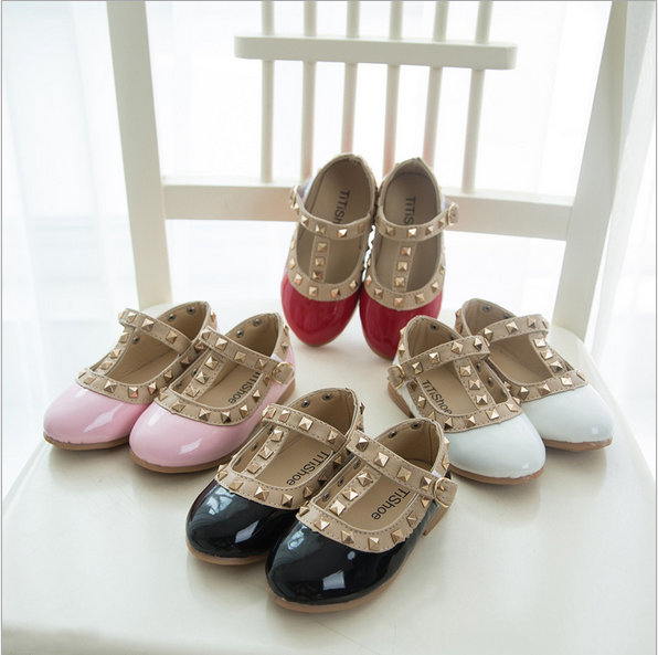 Hearty J.g Chen 2015 Spring And Summer Rivets Girls' Sandals Pretty Girl's Leather Rhinestone Princess Shoes Girls' Dancing Flats 21-36