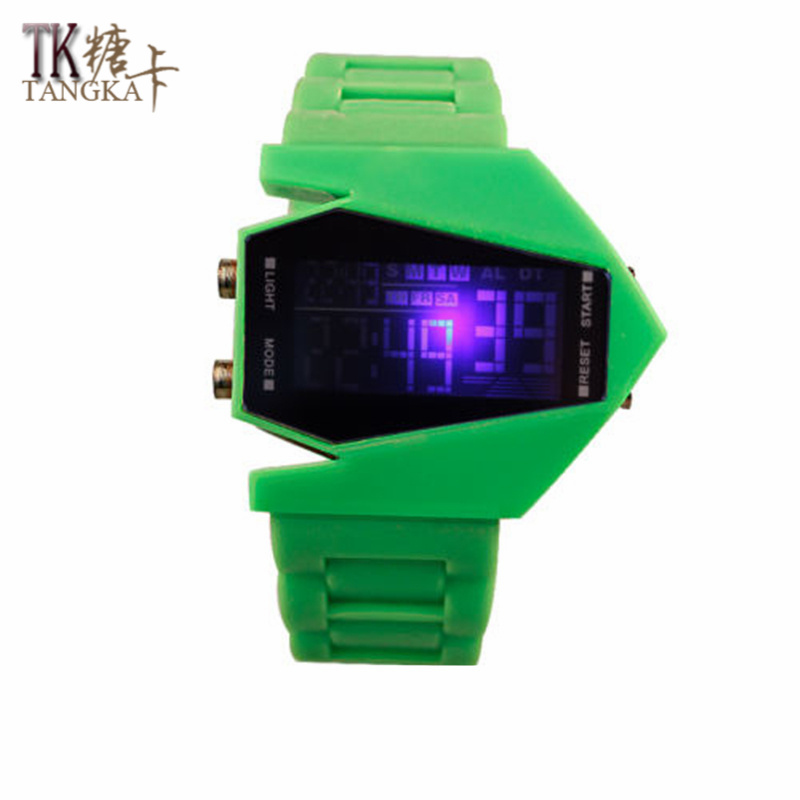 New Fashion Watches Men 's And Women' S LED Watches Green Model Aircraft Creates Rubber Watch Straps