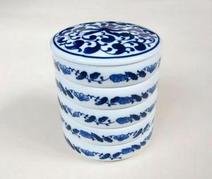 Image 1 - Plateaux de mélange en céramique avec couvercle, pile de cinq plateaux de couleur