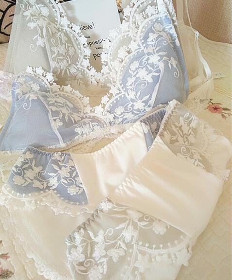 Image 4 - 2019 New Arrival 100% Real Photos France Style Lolita Sexy Cute Kawaii Lace Padded Wireless Seamless Bra Panties Set RB316-in Bra & Brief Sets from Underwear & Sleepwears