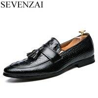 Men Winter Italian Fashion Snake Skin Brogue Leather Oxford Tassel Slip On Pointed Toe Shoes Designer
