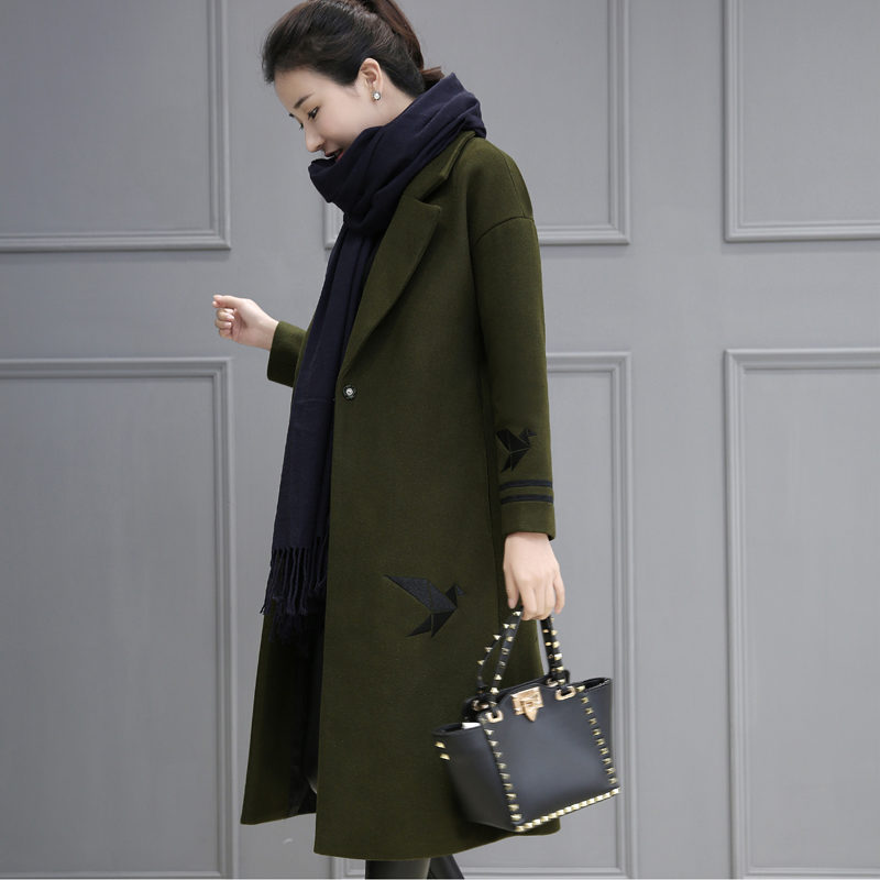 b04e186e951a2 2019-Autumn-And-Winter-Wool-Coat-Women-Embroidery-Army-Green-Cocoon-Coat-Long-Parka- Manteau-Femme.jpg