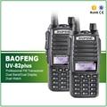 2 PCS Walkie Talkie BAOFENG UV-82 Nova Versão UV-82plus Dual Band VHF UHF 136-174/400-520 MHz 2-Way rádio + Duplo PTT Fone De Ouvido