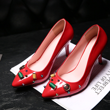 2016 New Fashion Women Pumps Red Bottom High Heels Basic Ladies Shoes Pig Leather Casual ShoesThin Heels Appliques Pointed Toe