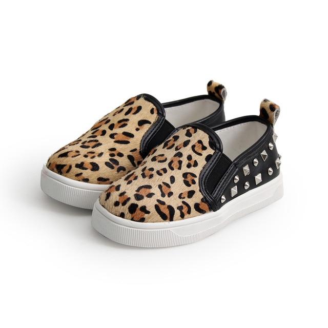 2016 Мода leopard детская обувь мальчиков обувь для девочек дети обувь дышащая натуральная кожа обувь для девочек заклепки дети случайные плоские