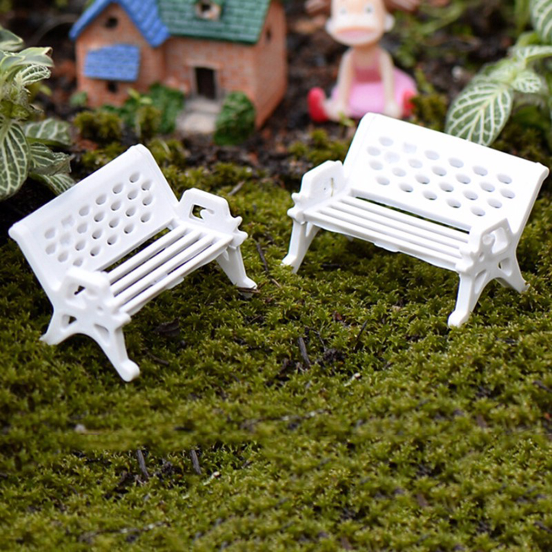 1Pcs Miniature White Chair Christmas Diy Plastics Fairy Garden Craft Decoration