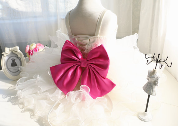 White/Ivory Newborn Flower Girl Dress baby christening dress baptism gown with big pink bow cake summer dress фото