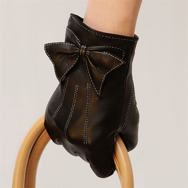 Sheepskin Women Gloves...
