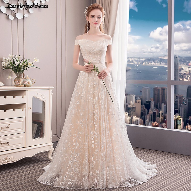 Us 114 8 40 Off Champagne Wedding Dress Beach 2018 Cap Sleeve Lace Boho Wedding Gowns Sexy White Red Wedding Dresses Vintage Robe De Mariage In