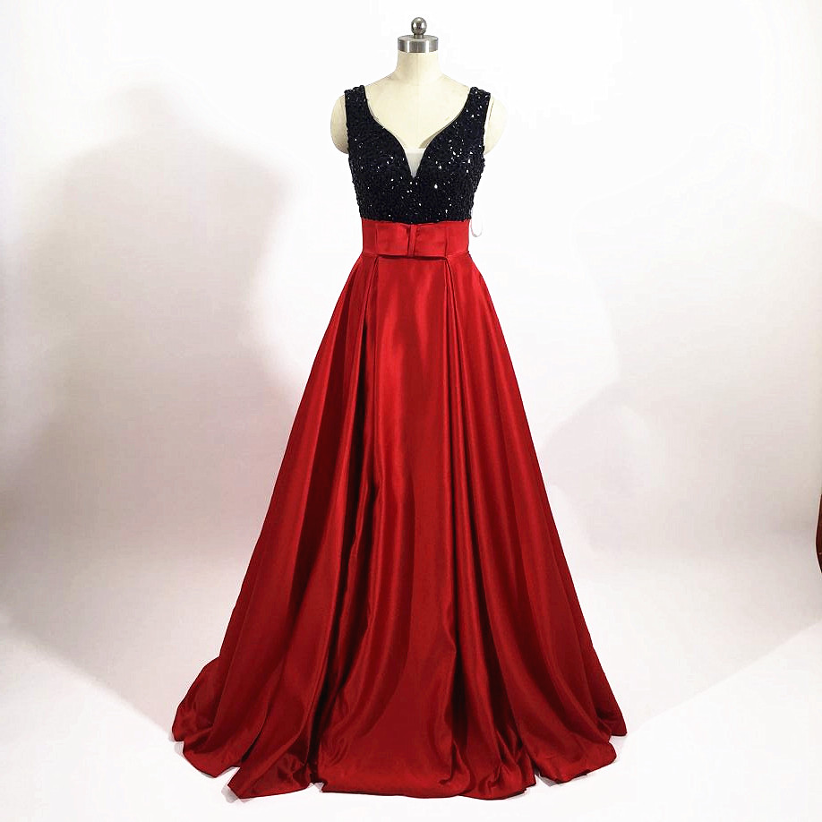 Sexy V Neck Long Satin Red Prom Dresses 2017 See Through Back O Neckline Embroidery Lace Appliques A-Line Evening Party Gown