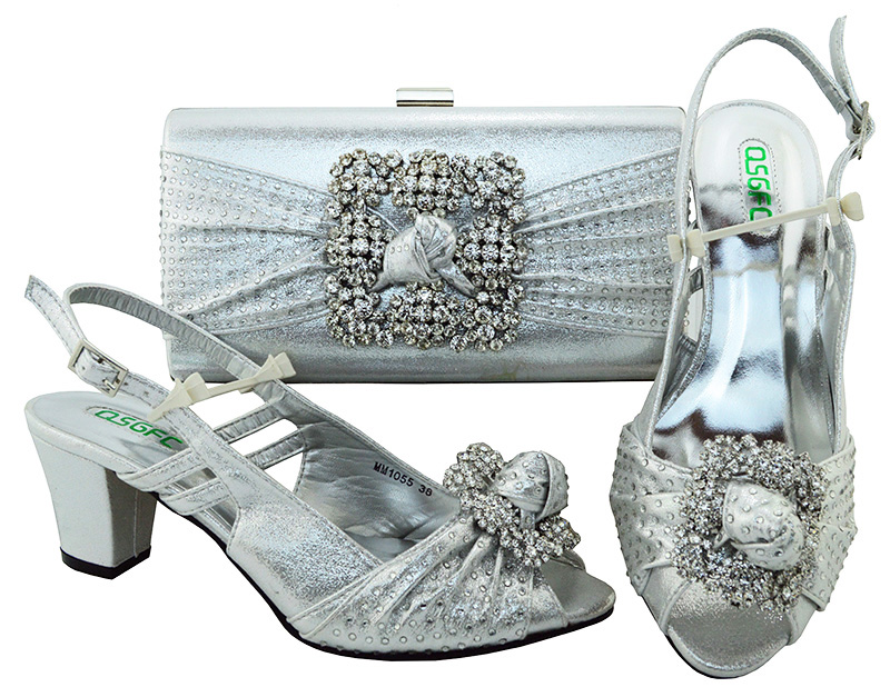 Big size 38 to 43 silver sandals shoes with matching clutches bag low heel  for old lady african aso ebi lace party SB8105-7 ff3873b0f12d