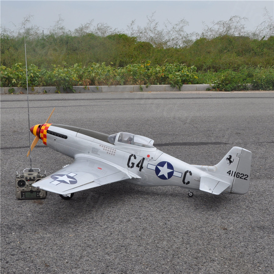 P-51 Mustang 20cc 68/1730mm Balsa Wood Gas Airplane Model Scale Plane With Carbon Fiber Spinner Retract Landing Gear cymodel mustang p 51d 46 cy8011a