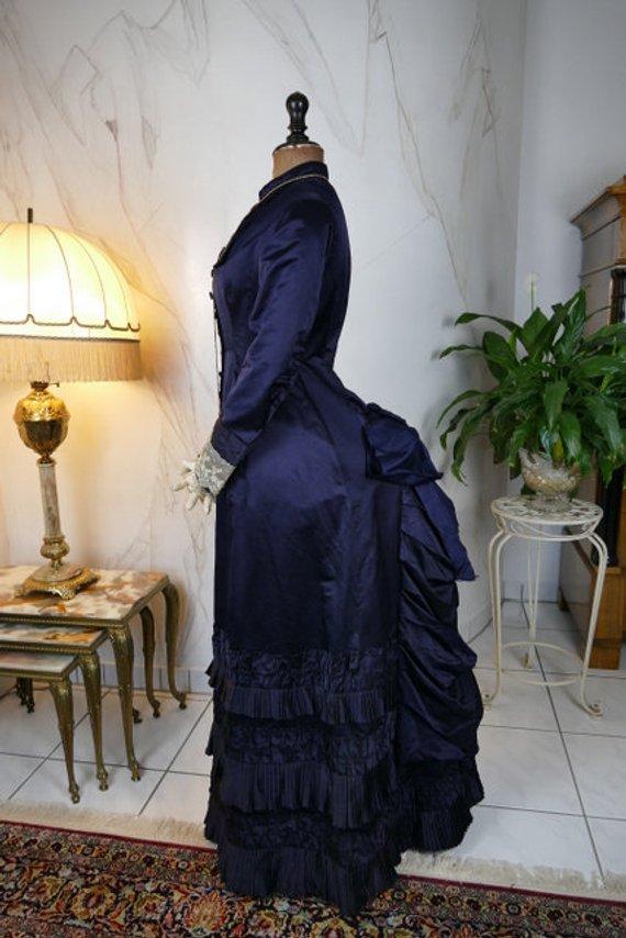High Quality 1879 Princess Stil Elegant Bustle Dress Antique Dress Renaissance Middeleeuwse Victoriaanse Theatre Gown Plus