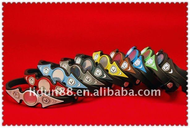 Promotion time for Christmas!! wholesale silicone bracelet in 100pcs with 8 colors +1/pc box packaging