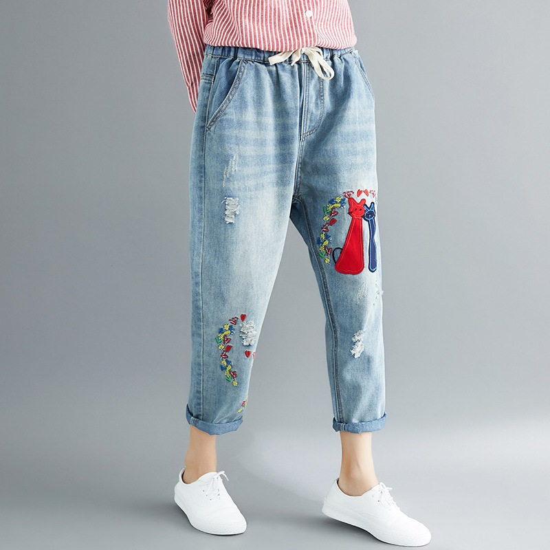 Mom jeans embroidered denim pants trousers boyfriend jeans for women Chinese style rose ladies jeans female 2018 new DD1513 S