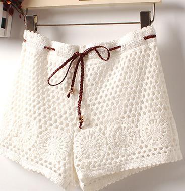 Women Sexy Lace Shorts Cotton Floral Lace Crochet Mini Shorts Leisure Short Trousers