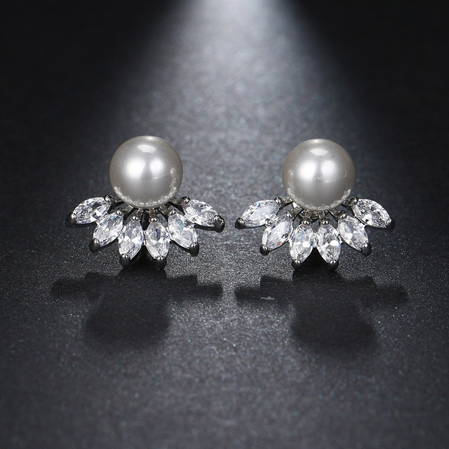 Fashion Women Round Simulated Pearl Earrings for Party Shinning Branch Cubic Zircon Small Stud Earrings brincos AE517
