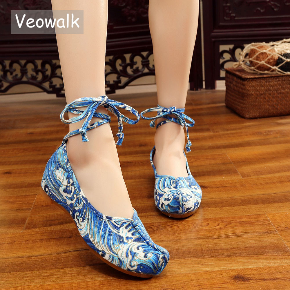 Veowalk Handmade Summer Women's Lace-Up Shoes Chinese Casual Comfortable Blue Waves Embroidered Denim Shoes Big Size 34-41 denim embroidered wedge shoes