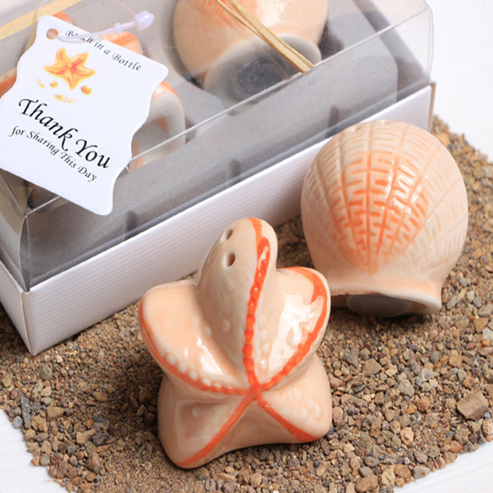Wedding Party Favors Heart Design Ceramic Mr. And Mrs. Salt Pepper Shakers Canister Set Creative Wedding Gift