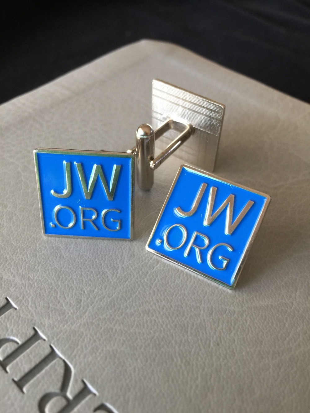 JW Pin dan Kancing Manset Set Paduan dengan Biru Emblem jw.org