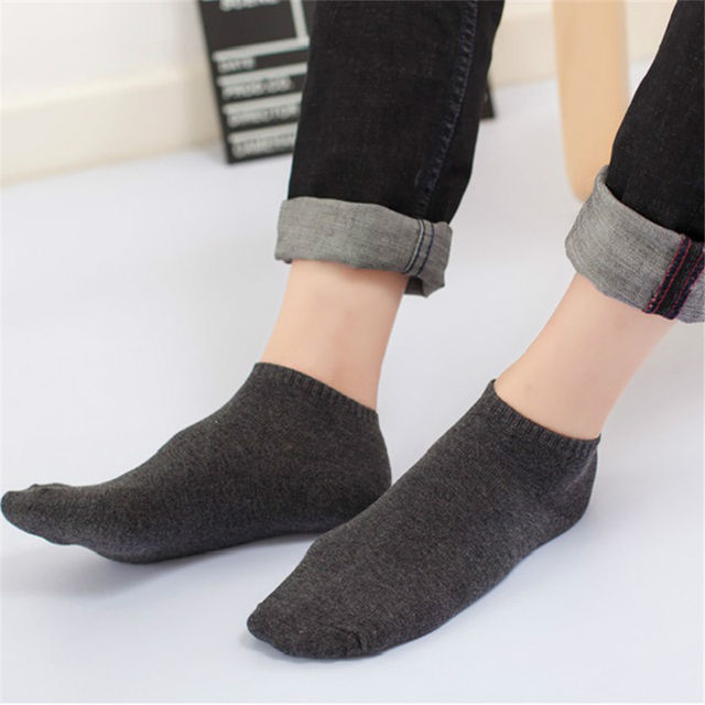 Men High Quality Solid Color Ankle Socks Fashion Casual Soft Boat Socks Simple Invisible Short Sock High Elasticity Popsocket