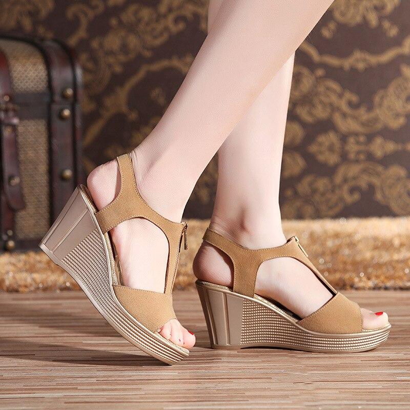 12d57d1c96 Aliexpress.com: Beli Matte Kulit Sapi Wanita Sandal Wanita Kulit Asli  Sandal Sepatu Musim Panas Baru Sepatu Wedge Heels Tinggi Sandal Ukuran  Besar 25 62 ...