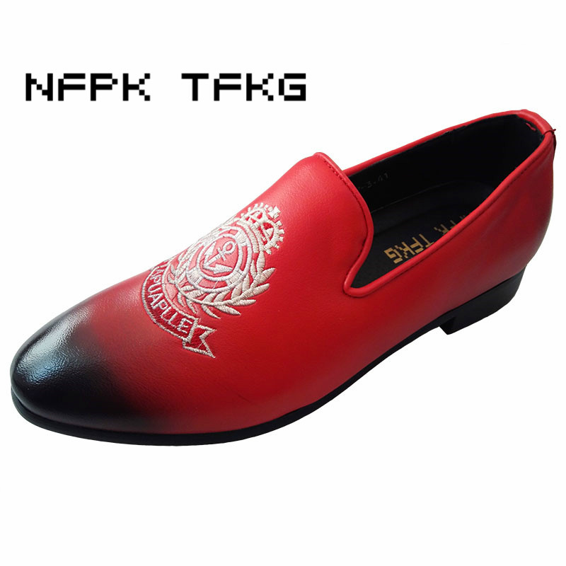 men British fashion party night club wear genuine leather shoes embroidery slip-on lazy oxfords shoe breathable loafers sapatos dxkzmcm new men flats cow genuine leather slip on casual shoes men loafers moccasins sapatos men oxfords