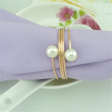 12pieces/lot Napkin Rings Plastic Resin Buckle Pearl Paper Holder Christening Bangle Party Wedding Supplies