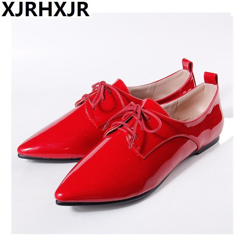 Fashion Retro British Style Flat Heel Patent Leather Shoes Women Beep Mouth Pointed Toe Lace up Oxfords Flats Plus Size 33-41 beep beep go to sleep