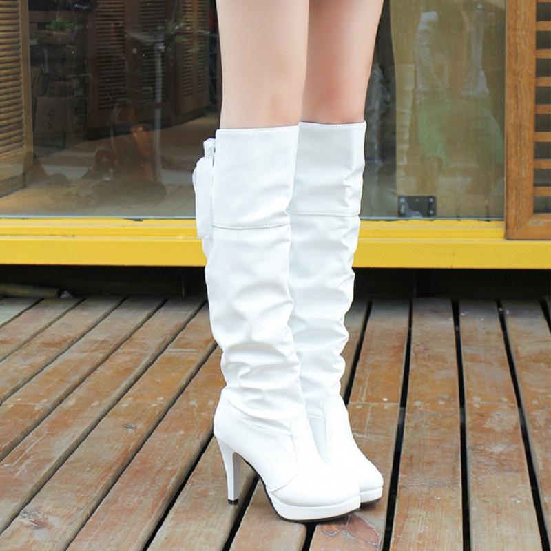 2017 Europe and the United States fashion autumn and winter high boots boots female thick waterproof watch with high-heeled boot europe and the united states long sleeve hooded keep out the cold winter to keep warm and comfortable cotton coat