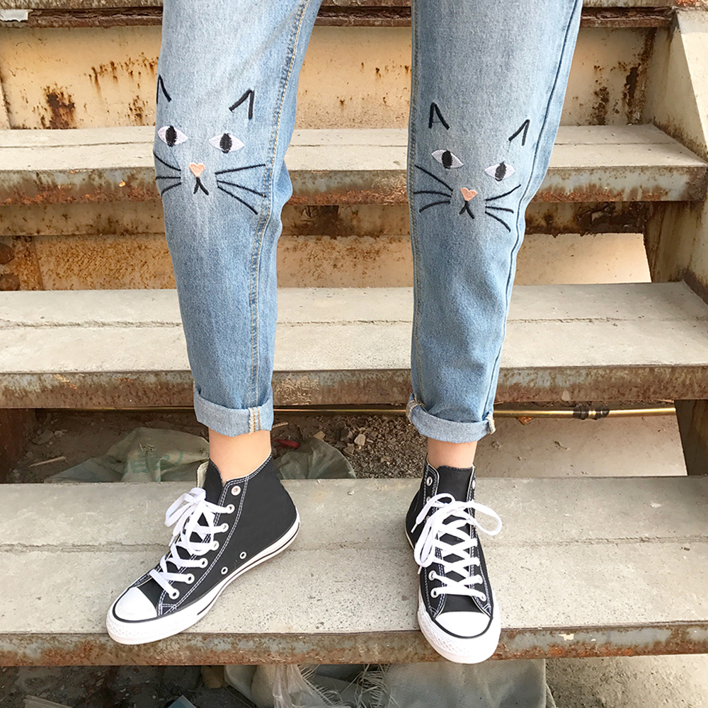BONJEAN Embroidered Cartoon Cat Jeans Women 2017 New Brand Spring Straight Jeans Women Casual Denim Pants European Trousers