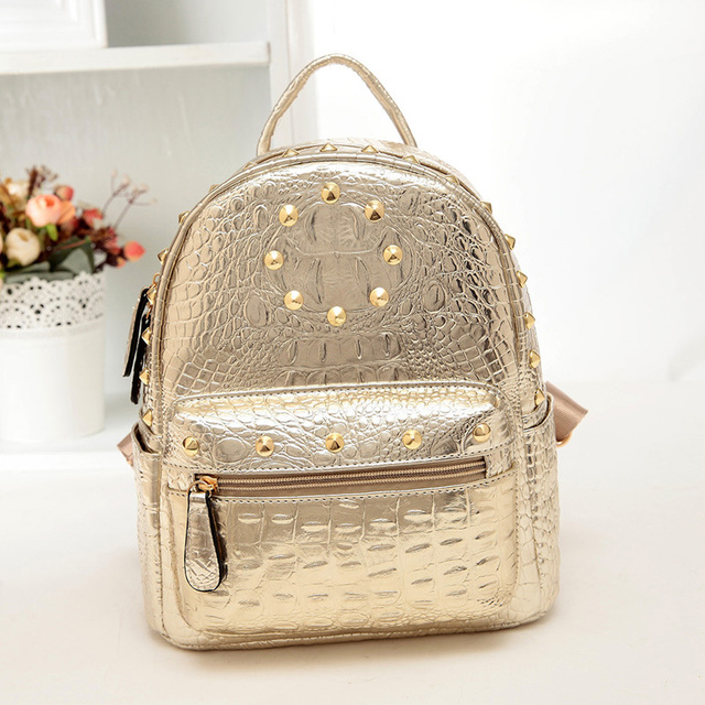 2015 Designer Woman Back Pack Factory Price Luxury Crocodile Leather Backpack With Rivets Gold Silver Pink