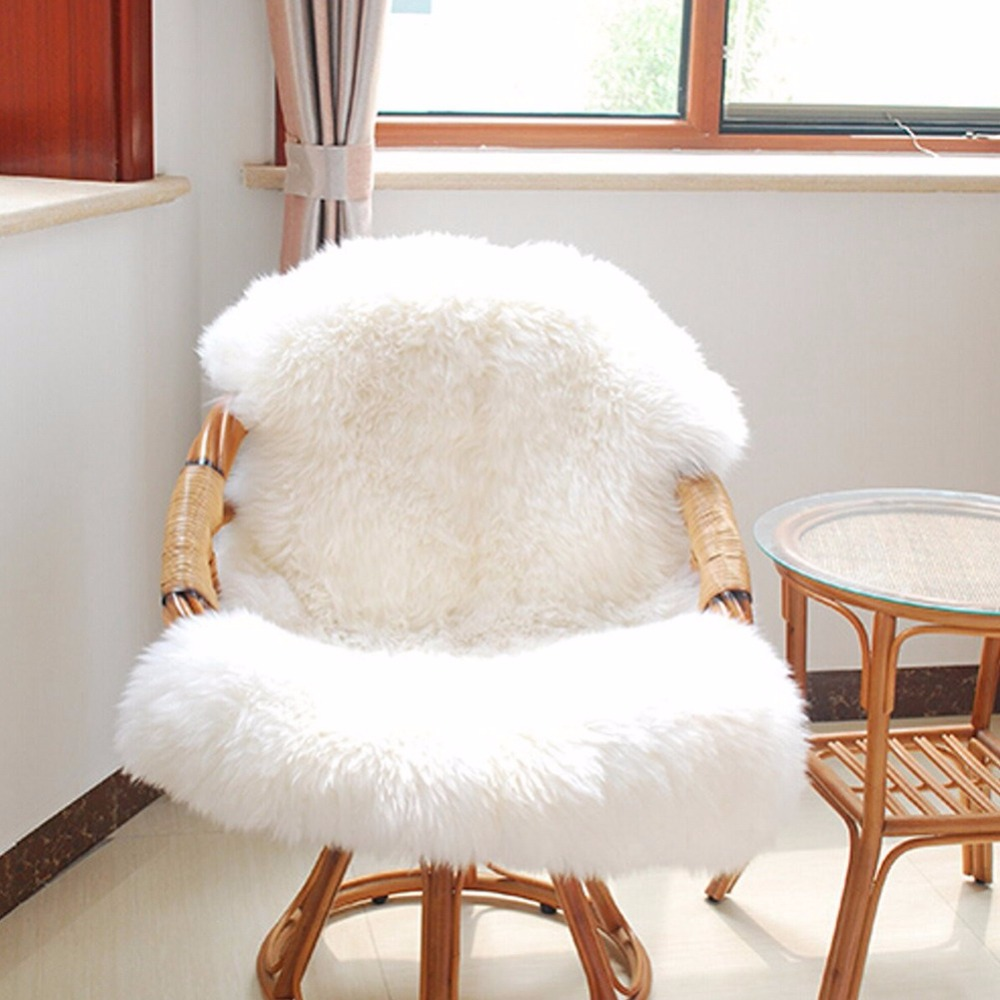 Soft Sheepskin Chair Seat Pad Warm Hairy Carpet Cover Plain Skin Fur Plain Fluffy Area Rugs Washable Bedroom Faux Mat