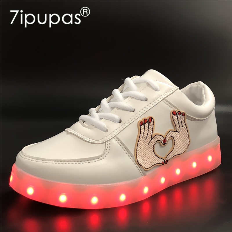 7ipupas EUR 30-44 Kids Glowing Sneakers loves Embroidery Luminous Sneakers child for Girls Boys Women shoes Light Led Shoes