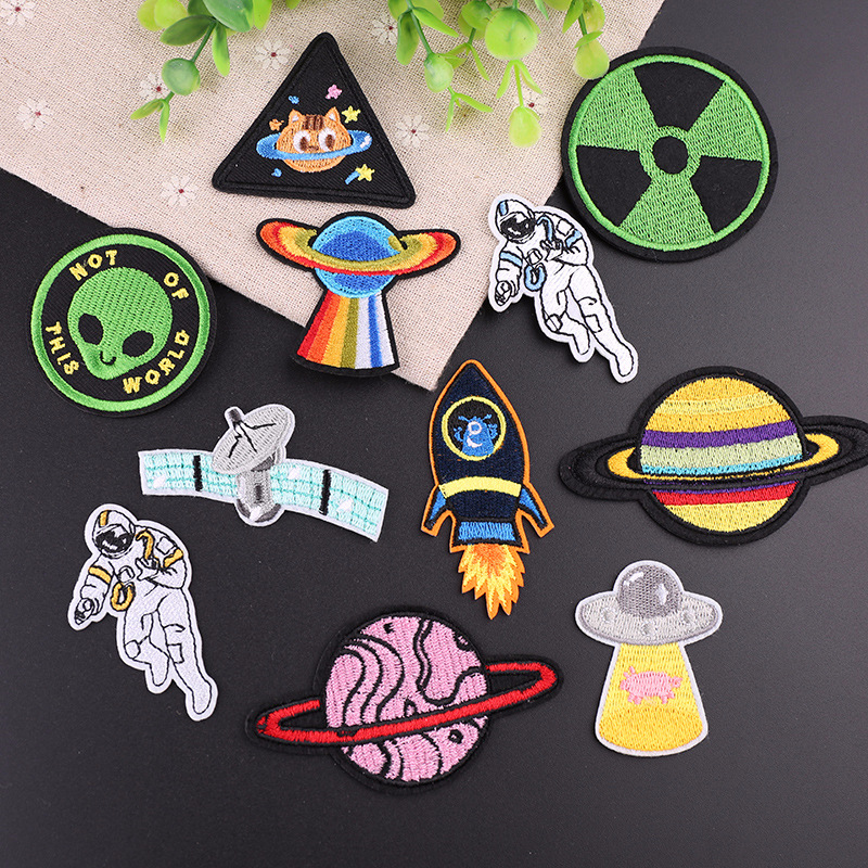 Iron On Space Patches For Clothes Backpack Diy Applique Embroidered Star Planet Astronaut Patch Stickers Decoration