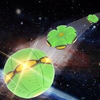 Piłka DOPROWADZIŁY Światła Magiczne UFO UFO Frisbee Żonglerka Piłki Dla Dzieci Juegos De Pelotas Świecące Zabawki Deformacji Piłkę z Światła