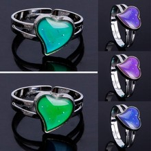 Magic Heart Shaped Mood Ring Emotion Feeling Rings Temperature Control Jewelry(China)