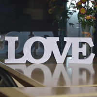 White Wood Wooden Letters LOVE Shaped Alphabet Word Home Decoration Scrapbooking Crafts Wedding Party Decoration DIY Decor
