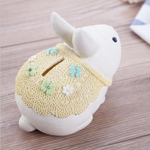 Tirelire lapin blanc bébé