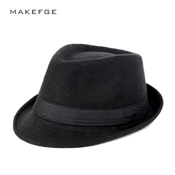 e4d0fb81e81fe La Mafia sombrero hombres sombreros de fieltro de lana de Jazz plana  sombrero Bowler de la iglesia de Homme Cappello Fedora primavera invierno