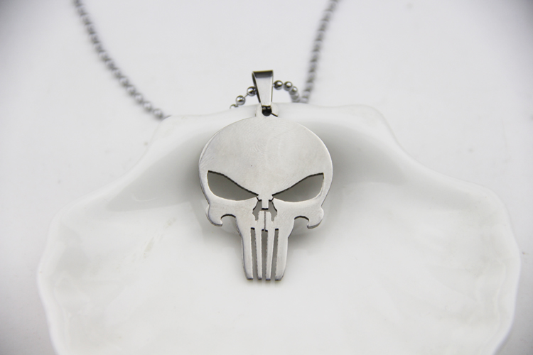 Fashion Jewelry Silver Charm Hot Cakes Super Hero Character Skulls Punisher Pendant Necklace
