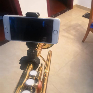 Image 1 - למעלה מכירת נייד מוסיקה מיקרופון מיקרופון Stand חכם טלפון מחזיק הר קלאמפ עבור מוט צינור אופניים כידון 9 23mm 14 28mm