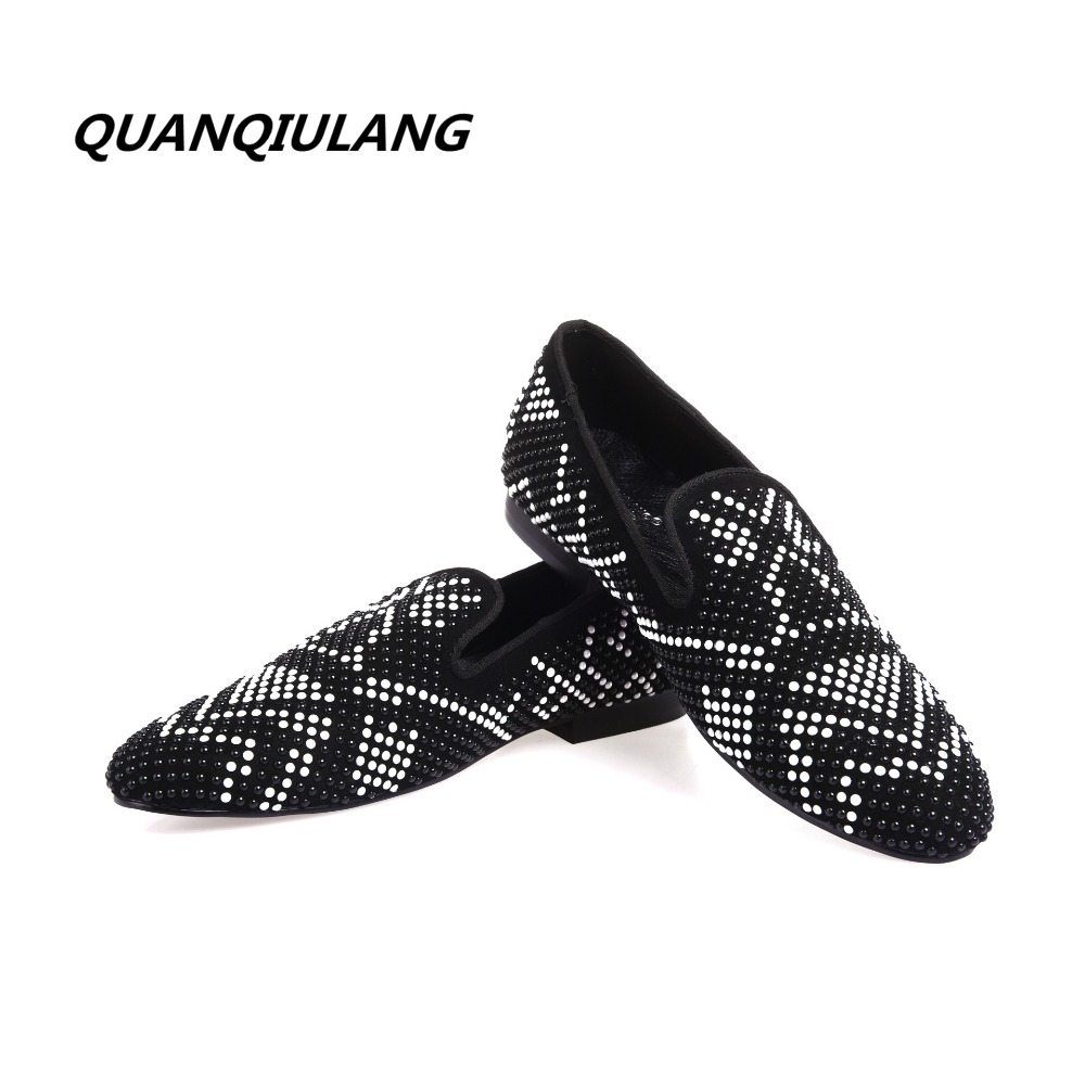 2017 nuovo progettista di marca scarpe rosse diamante scarpe di cuoio degli uomini di modo del cuoio del diamante per il tempo libero scarpe bel modello 39 47-in Scarpe vulcanizzate da uomo da Scarpe su  Gruppo 1